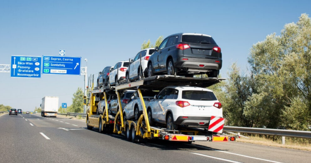 Benefits of Using a Vehicle Transportation Service