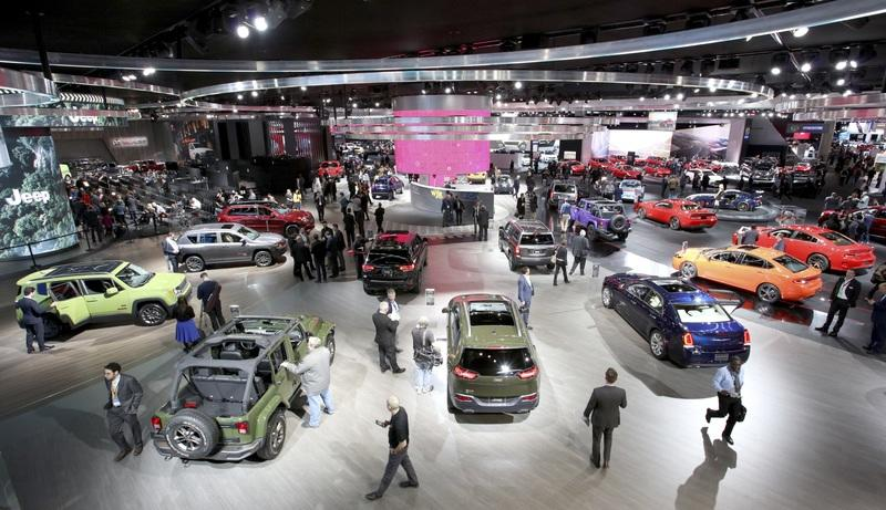 Detroit-Exhibition-Puts-American-Car-Culture-on-Display